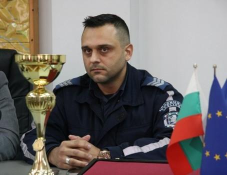 Стойчо Яковски от Пловдив, който спаси дете, е полицай на годината