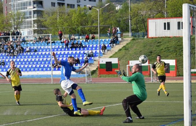 Спартак Вн прегази Ботев Нови Пазар с 4-0