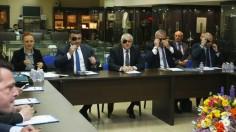 МВР се маскира с превръзки на очите на среща с БФС
