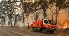 Продължава битката с над 200 пожара в Австралия, десетки са в неизвестност