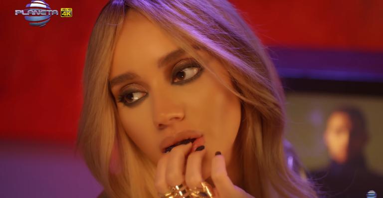 Инфлуенсърка стана поп-фолк певица
