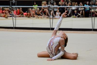 """Започва VII турнир по художествена гимнастика """"Морски звезди"""""""